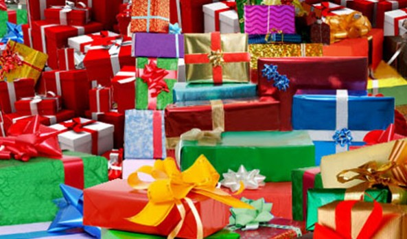 65% of Holiday Shoppers Use Social Media to Find the Perfect Gift
