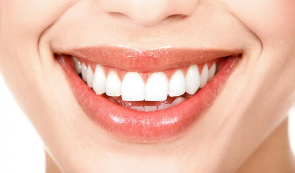 White Teeth Are So 2014…. STP #Giveaway